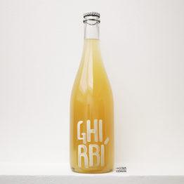 bouteille de pet-nat blanc ghirbi de AZIENDA AGRICOLA TANCA NICA - Ilê de Pantelleria (TP) en Sicile en italie distribué par l'agent l'envin à paris ile de france loiret