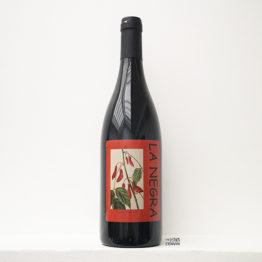 Bouteille de vin rouge nature La Negra 2018 du domaine Yoyo dans le Roussillon distribué par l'agent L'Envin sur paris, ile-de-france et loiret