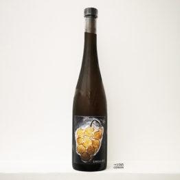 bouteille de vin orange bio Singulier 2019 du domaine le vignoble du reveur en alsace représenté par l'envin agent de vin bio et nature à paris ile de france loiret export