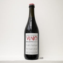 bouteille de vin rouge Semplicemente Vino Bellotti Rosso de la cascina degli ulivi, un domaine en biodynamie du Piemont et représenté par l'envin à paris ile de france loiret vin nature vin bio