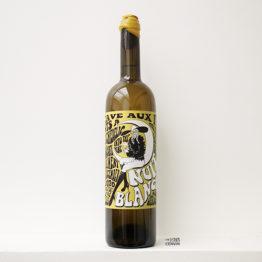 bouteille de Nuit blanche 2020, un vin nature du vigneron Carlos Badia de La Cave aux fioles dans le Roussillon et distribué par l'agence L'envin grossite en vins bio et nature sur paris ile de france loiret export