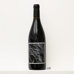 Bouteille de vin rouge Radicante 2019 par Raphaël Baissas de Chastenet de Nada Vandal Wine à Calce dans le Roussillon et distribué par l'envin agence de vins bio et ntaurels sur paris ile de france loiret export