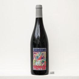 bouteille de vin rouge de sergent pepper 2020 de la vigneronne Anne-Cécile Jadaud du domaine Perrrault-Jadaud dans la Loire et distribué par l'agence de vins bio et nature l'envin sur paris ile de france loiret export